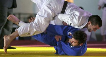 Ippon by night